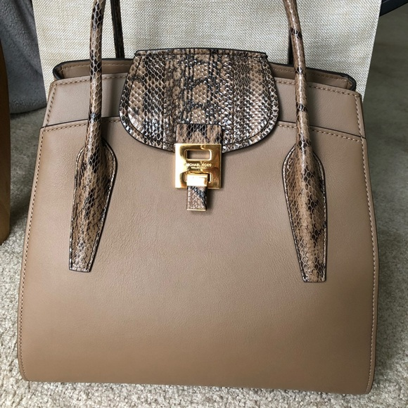 fd3b8bf75e65 Michael Kors Bags | Nwt Collection Bancroft Large Satchel | Poshmark
